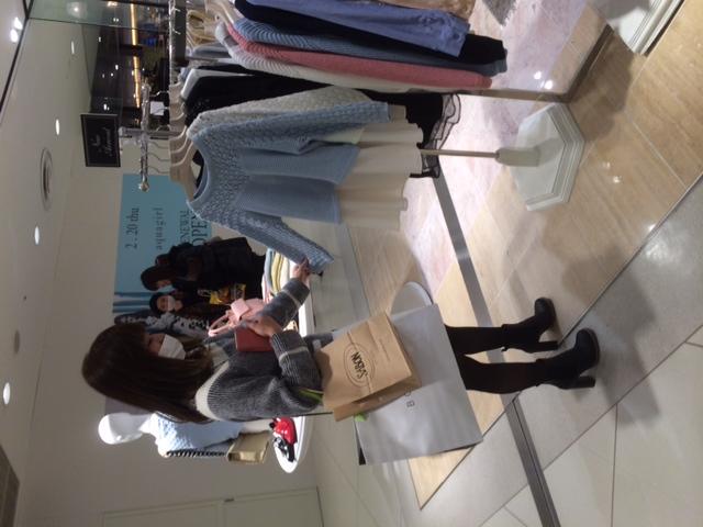 お買い物☆